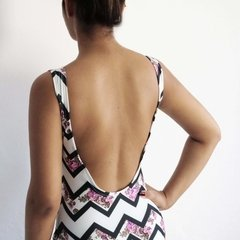 BODY CHEVRON FLOWER na internet