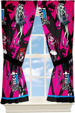 Cortina Monster High estampada da Draculaura IMPORTADA - cor pink - LOJA VIRTUAL DA CASA