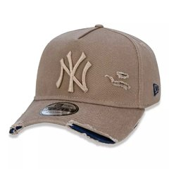 Boné New Era MLB 9Forty Destroyed New York Yankees Kaki MBI19BON113 na internet