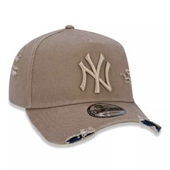 Boné New Era MLB 9Forty Destroyed New York Yankees Kaki MBI19BON113