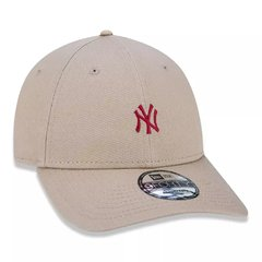 Boné New Era 9Forty MLB New York Yankees Bege MBV19BON142