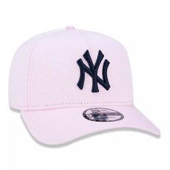 Boné New Era 9Forty MLB New York Yankees Rosa MBV19BON147