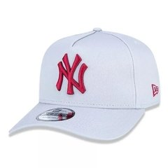 Boné New Era 9Forty MLB New York Yankees Cinza MBV19BON149 na internet