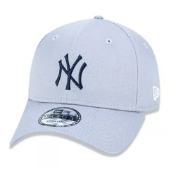 Boné New Era 9Forty MLB New York Yankees Cinza MBV19BON158 na internet