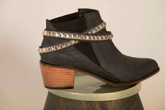 Chelsea Cruelty Free Boot in Pinatex Pineapple Leather - online store