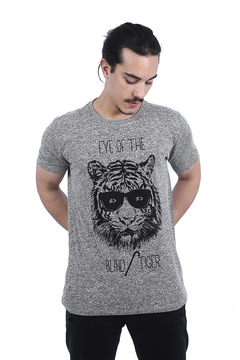 Imagem do T-SHIRT THE BLIND TIGER