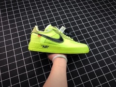 "Nike Air Force 1 Low x Off White ""Volt"" na internet"