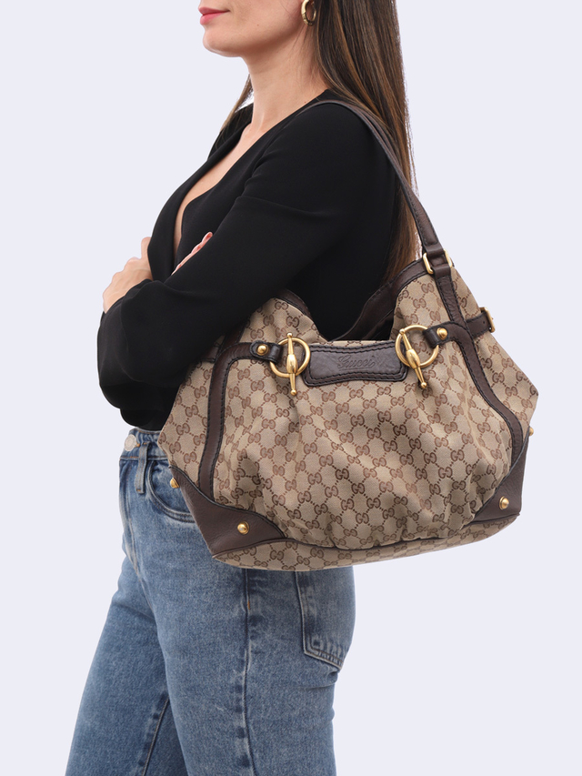 Bolsa Gucci GG Canvas Horsebit Jockey Medium - comprar online