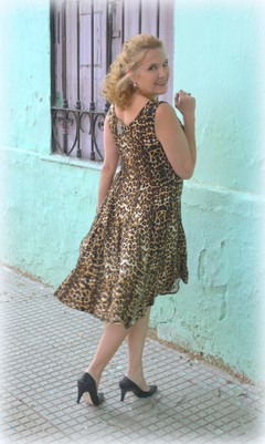 Vestido Godet Animal Print en internet