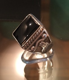 Anillo Onix Vertical en internet