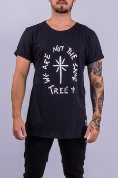 T SHIRT WE ARE NOT THE SAME (BLACK)