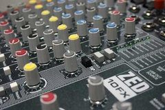 Mixer Consola Allen & Heath Zed 10 Fx Con USB - circularsound