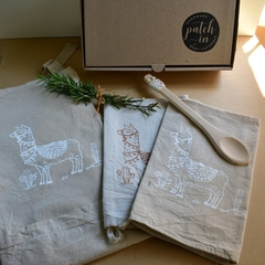 Gift Box Llamas - Patch-In by Gaby Caporale