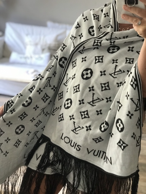 Bufa don Vuitton reversible