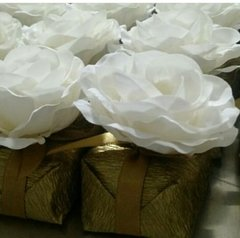 fabric-flowers-for-wedding-decoration-model-g