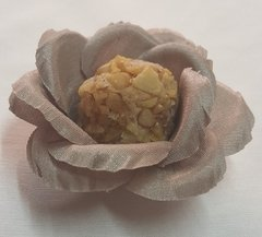 flower-wrappers-for-wedding-sweets-helena-shantung