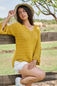 "Sweater ""Terruño"", amarillo oro."