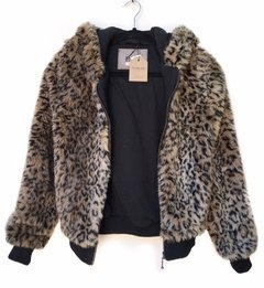 Campera Bershka Animalprint