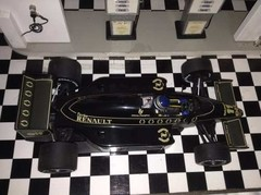 Imagem do Lotus 98t J.dumfries Minichamps 1/18