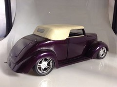 Ford 1937 Custom - Yat Ming 1/18 - B Collection
