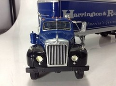 Mack 1960 - First Gear 1/34 - comprar online