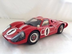 Ford GT40 (Winner Le Mans 1967) - GMP 1/12