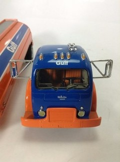 White 3000 (1953) Gulf - First Gear 1/34 - comprar online
