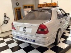 Mercedes Benz C36 AMG (1997) - UT Models 1/18 na internet