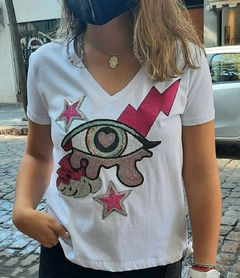 Remera Rose Eyes SOLOROSAS