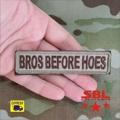 "Patch Tarja ""Bros Berfore Hoes"" na internet"