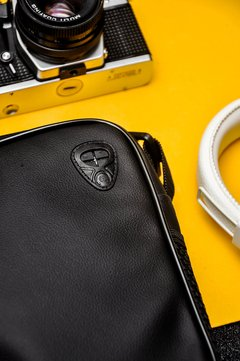 Shoulder-bag-trad-pochete-couro-amarillo
