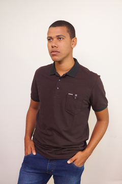 Camiseta polo piquet marrom gold Seeder